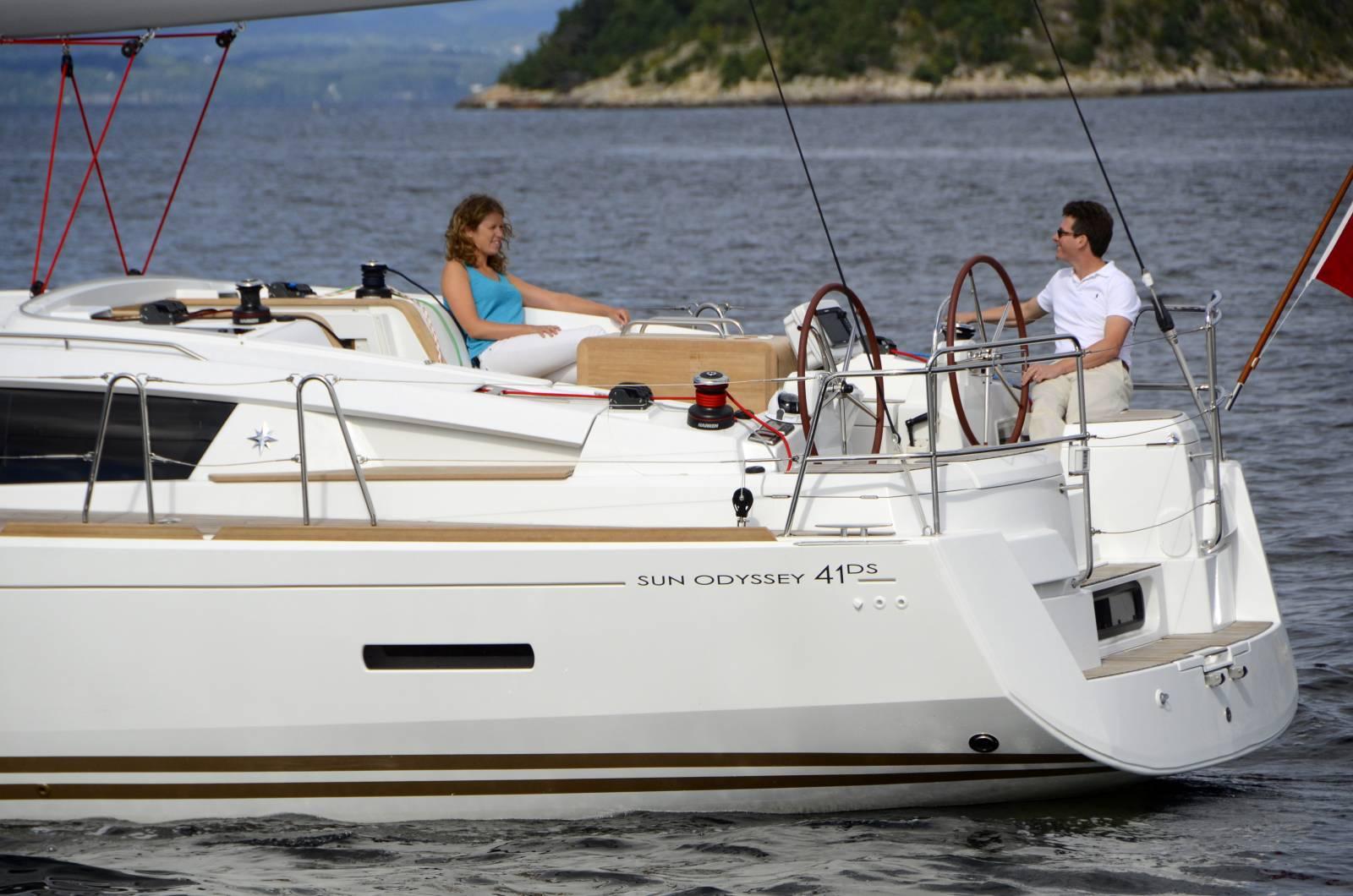 Jeanneau Sun Odyssey 41DS For Sale - Jeanneau Main Dealer