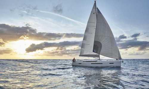 Jeanneau Sun Odyssey 490 Exterior - Network Yachts 08